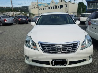 2012 Toyota CROWN ROYAL SALOON for sale in Kingston / St. Andrew, Jamaica