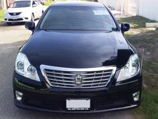 2012 Toyota Crown Royal Saloon for sale in St. Catherine, Jamaica