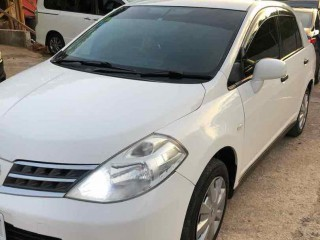 2011 Nissan Tiida for sale in Manchester,
