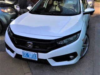 2017 Honda Civic Touring for sale in Kingston / St. Andrew, Jamaica