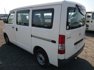 '11 Toyota Liteace for sale in Jamaica