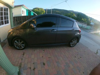 2013 Toyota Vitz  RS for sale in Kingston / St. Andrew, Jamaica