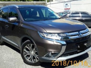 2016 Mitsubishi Outlander for sale in Kingston / St. Andrew, Jamaica