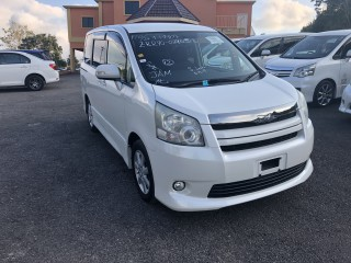 2010 Toyota Noah SI for sale in Manchester, Jamaica