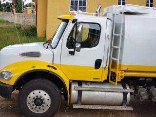 2007 Freightliner COLUMBIA 120 VACUUM TRUCK for sale in St. Catherine, Jamaica