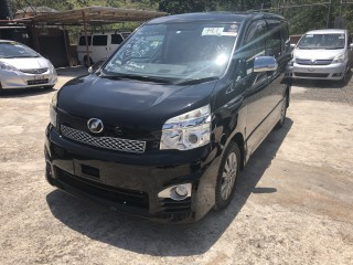 2012 Toyota Voxy ZS for sale in Manchester, Jamaica