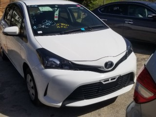 2015 Toyota Vitz for sale in Manchester,
