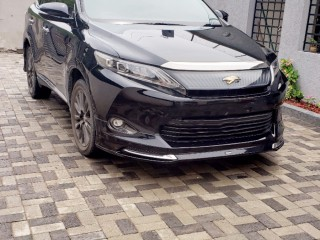 2016 Toyota Harrier for sale in Kingston / St. Andrew,