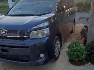2010 Toyota Voxy for sale in Trelawny, Jamaica