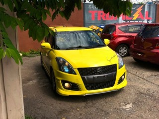 2014 Suzuki Swift STANDARD for sale in Kingston / St. Andrew, Jamaica