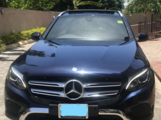 2017 Mercedes Benz GLC 200 AMG STYLE PACKAGE    Dealer Warranty for sale in Kingston / St. Andrew,