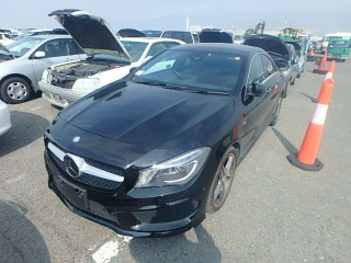 '15 Mercedes Benz CLA for sale in Jamaica