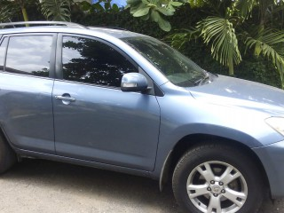 '11 Toyota Rav4 for sale in Jamaica
