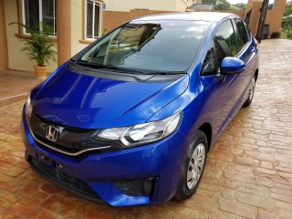 '14 Honda FIT for sale in Jamaica