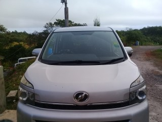 2013 Toyota Voxy for sale in Manchester, Jamaica