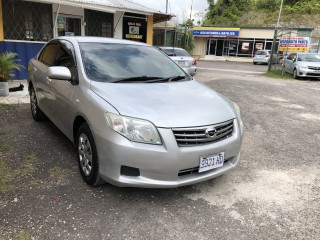 '10 Toyota Corolla for sale in Jamaica