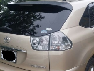 '10 Toyota Harrier for sale in Jamaica