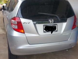 2010 Honda Fit for sale in Jamaica