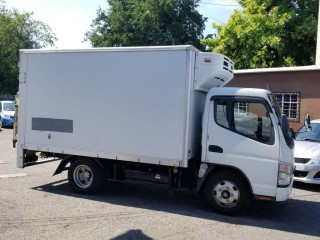 '06 Mitsubishi Canter for sale in Jamaica