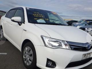2015 Toyota Corolla axio hybrid for sale in Trelawny, Jamaica