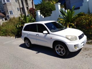 '02 Toyota Rav4 for sale in Jamaica