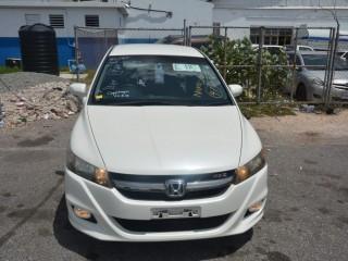 '09 Honda Stream for sale in Jamaica