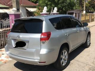 2010 Toyota Vangaurd for sale in Kingston / St. Andrew, Jamaica