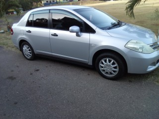 '10 Nissan Tiida for sale in Jamaica